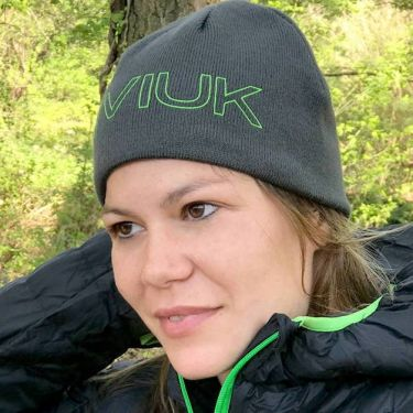 Niviuk Beanie is reversible: dark grey on one side, light grey on the other!