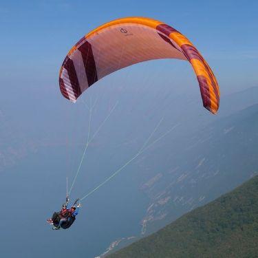 Phi CONCERTO tandem paraglider in standard colours CC1 (Orange-Dark Red-White)