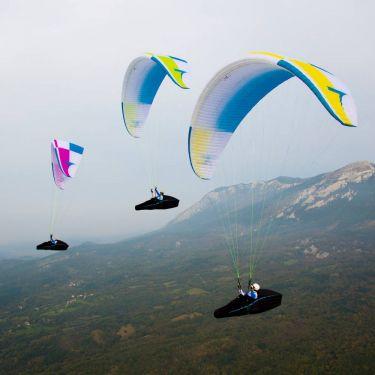 Triple Seven Queen 2 sports class paraglider