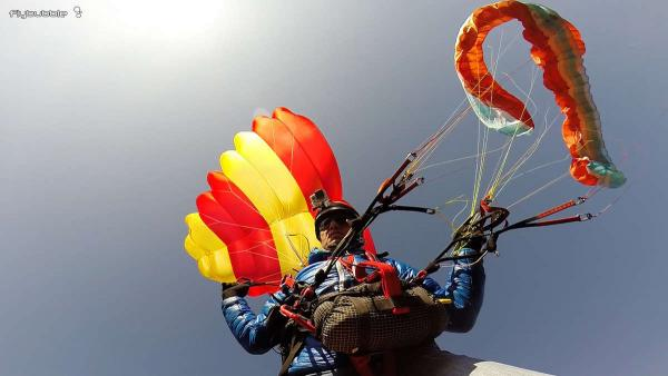 Connecting the reserve parachute