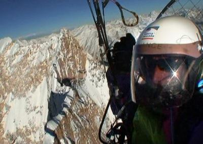 Getting to the roof of the world with a paramotor