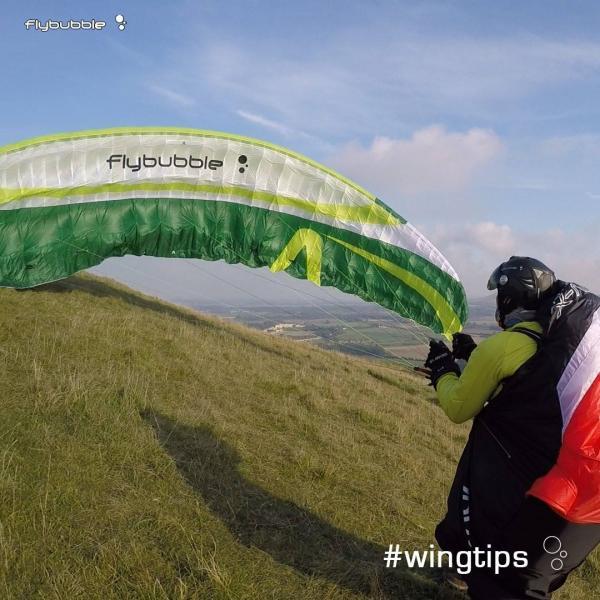 Wingtips: Cross wind launching