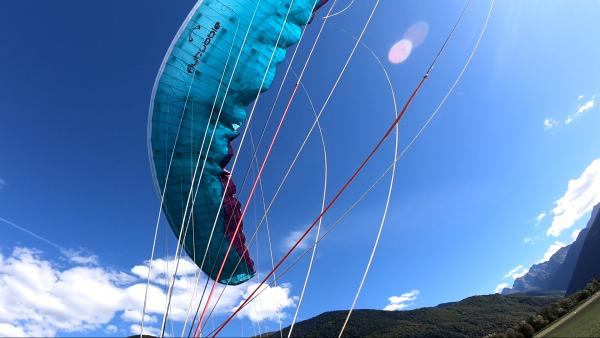 Landing safely in a valley wind