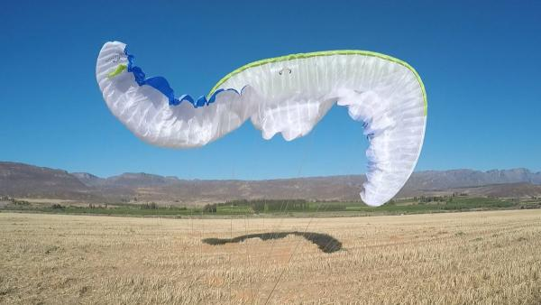 Strong Wind Landings: Killing Your Paraglider