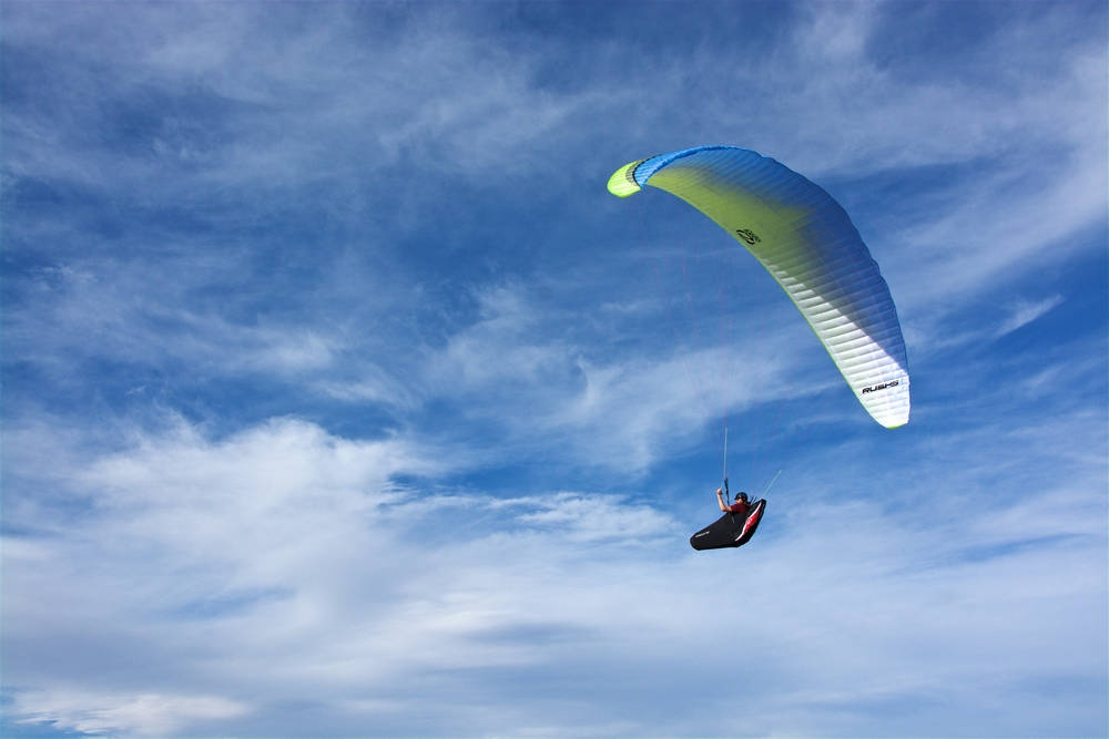 Ozone Rush 5 paraglider - Flybubble Paragliding