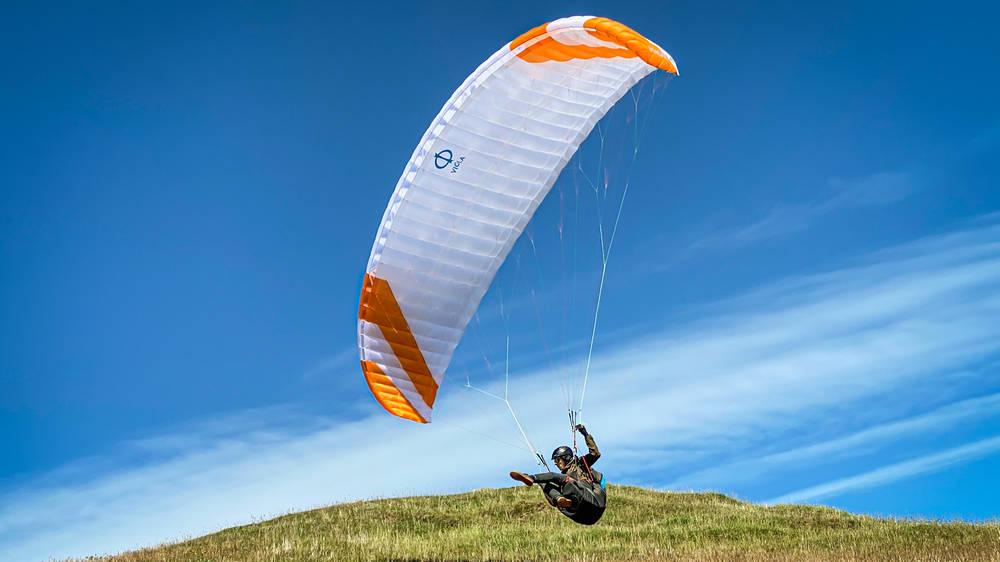 Phi VIOLA soaring