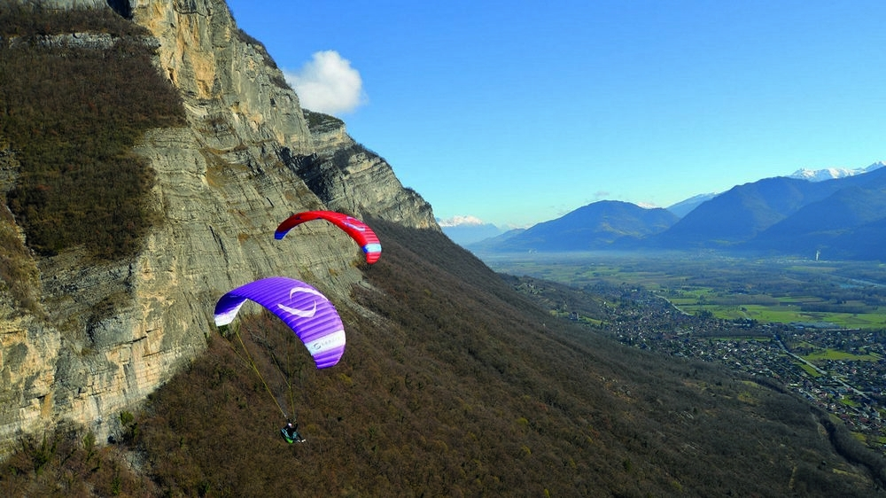 EONA 2, the perfect wing to quickly and safely learn paragliding.