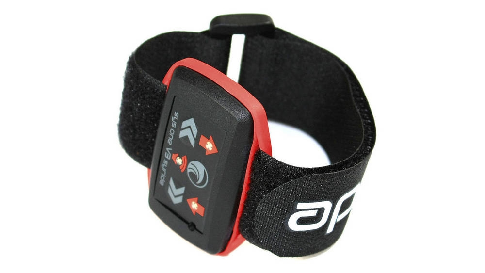 Syride SYS'One V3 attached to included wrist strap