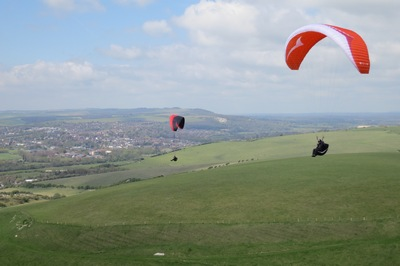 Paragliding Tips From A Low-airtime Pilot's Perspective