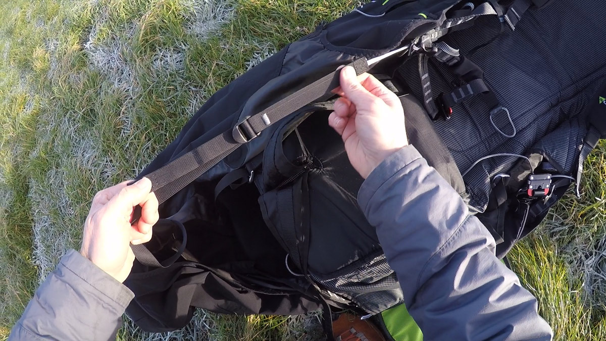 Supair Delight 2 harness review: adjusting the pod