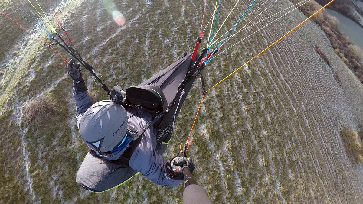 Supair DELIGHT 2 paraglider harness review: overhead shot
