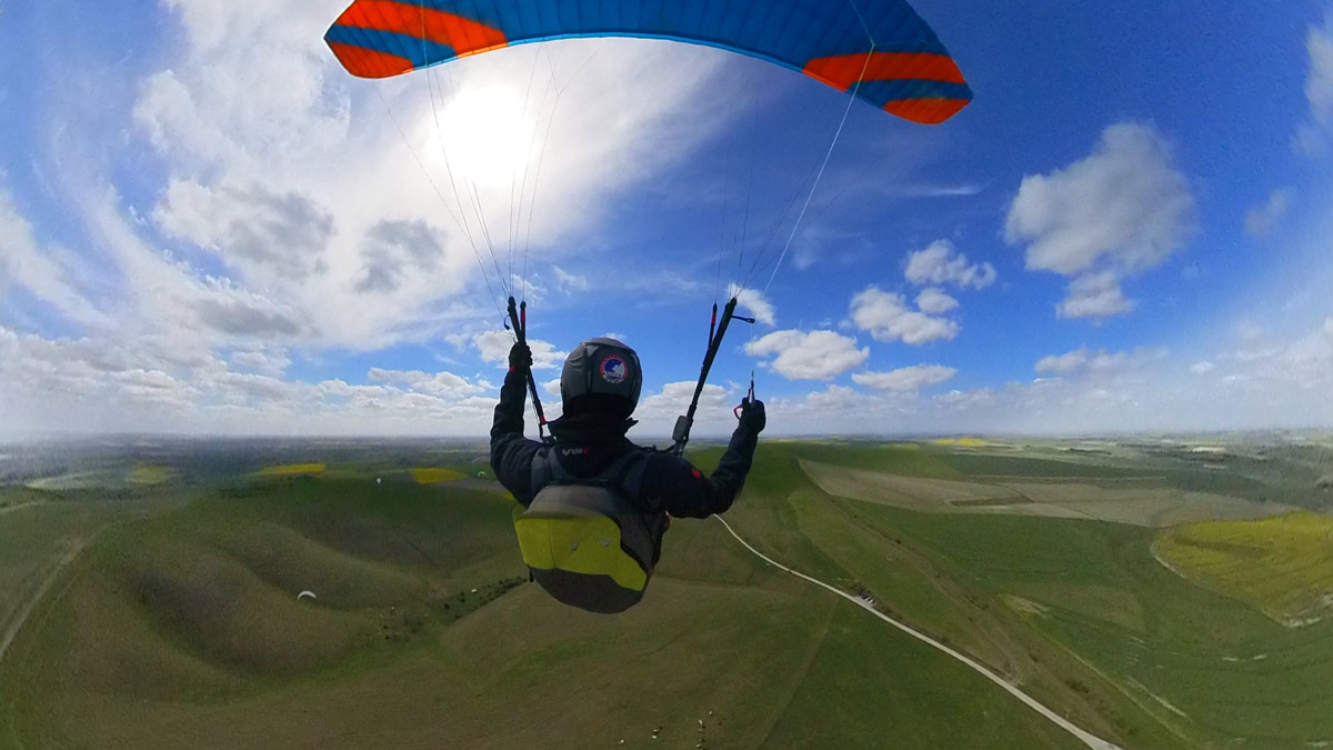 Phi SONATA paraglider review: chase cam