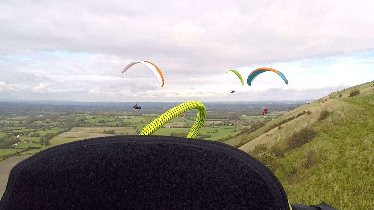 How to fly in paragliding traffic: eek