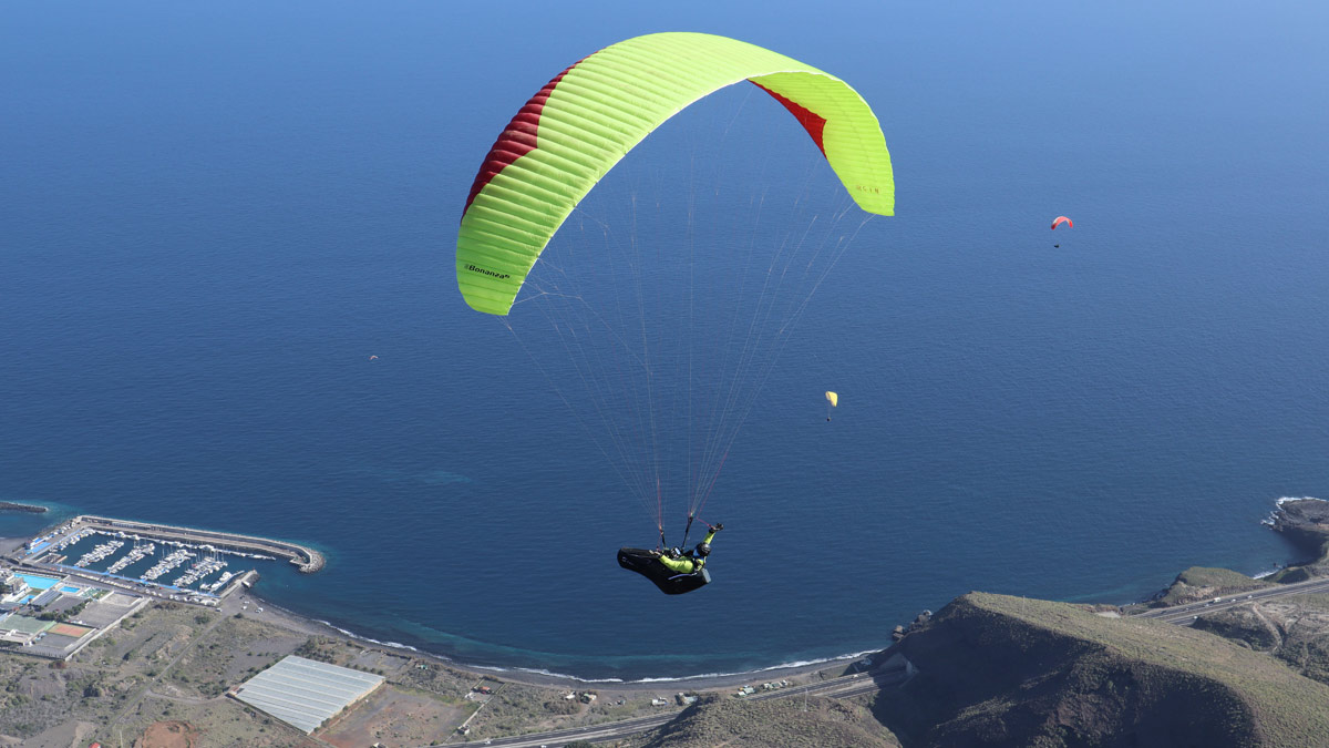 Gin BONANZA 2 (Paraglider Review) - Flybubble Blog