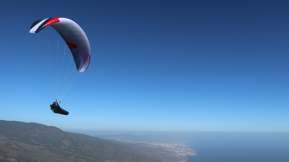 Skywalk ARAK paraglider review: on glide