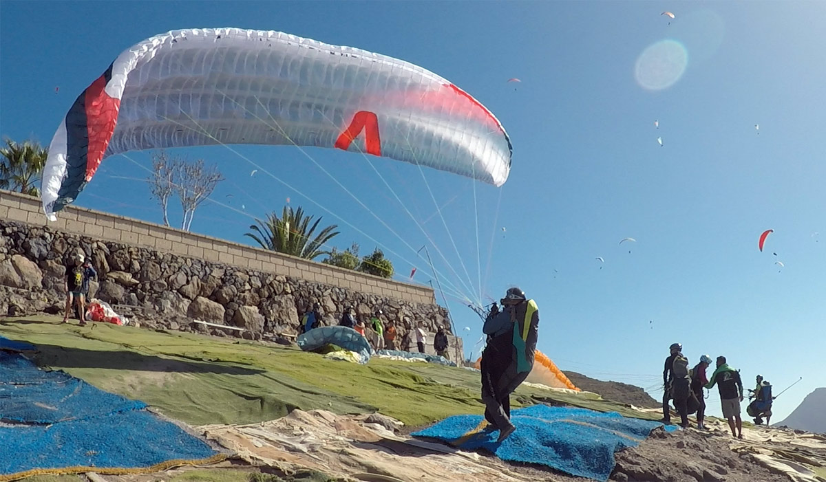 Skywalk ARAK paraglider review: launching
