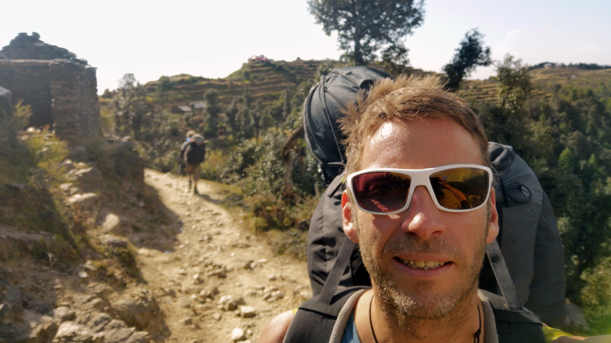 Paragliding Bir (Himalaya): walking out